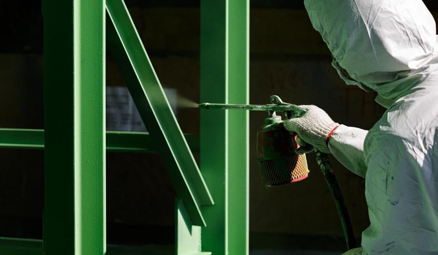En arbejdspladsbrugsanvisning er for eksempel et krav for faremærkede spraymalinger